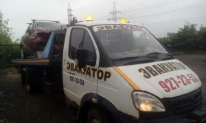 Эвакуатор в городе Сиверский Виталий 24 ч. — цена от 800 руб