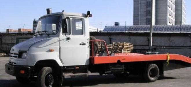 Эвакуатор в городе Великий Устюг Автодруг 24 ч. — цена от 800 руб