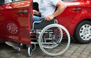 Могут ли эвакуировать автомобиль с места для инвалидов